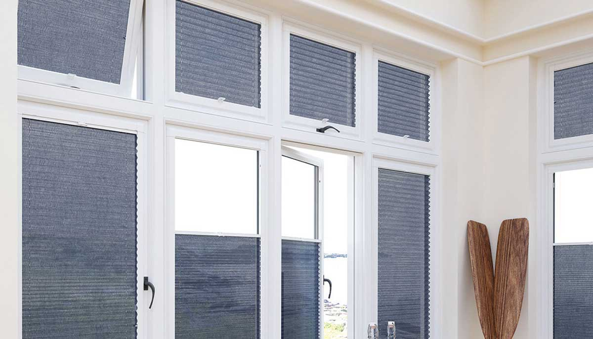 navy coloured blinds